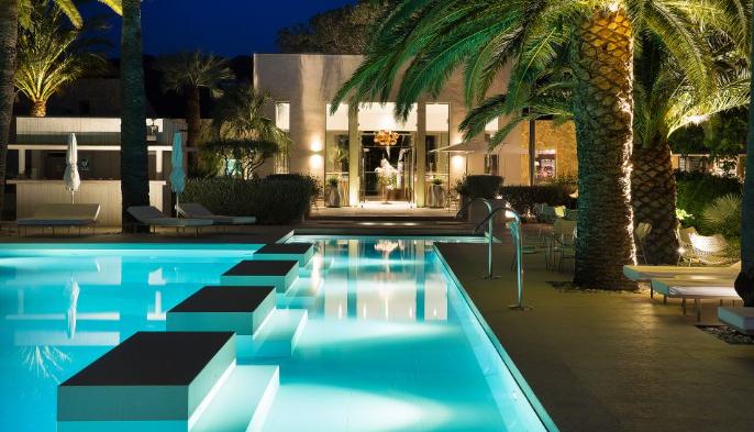 Hotel Sezz Saint-tropez pool