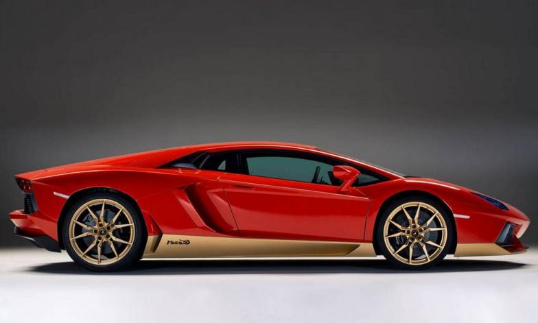 Lamborghini Miura side