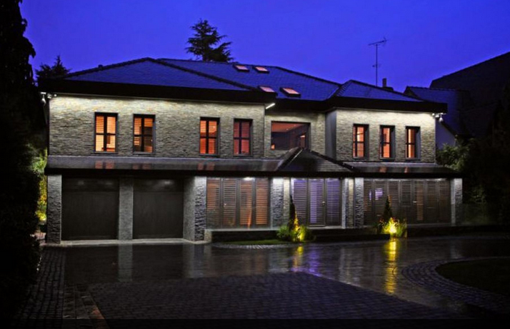 Zlatan Ibrahimovic house night view