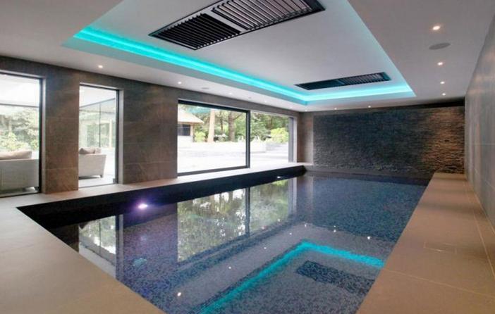 Zlatan Ibrahimovic house swimming pool