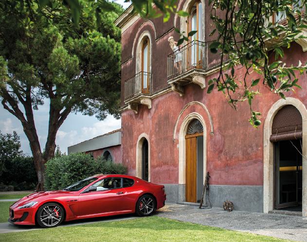 Maserati GranCabrio side